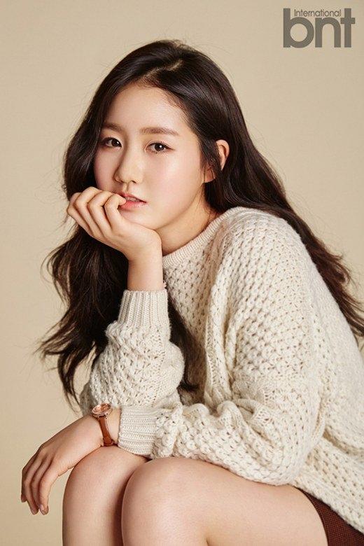 Sao nhí Jin Ji Heengày nào giờ đã trở thành nữ diễn viên xinh đẹp.