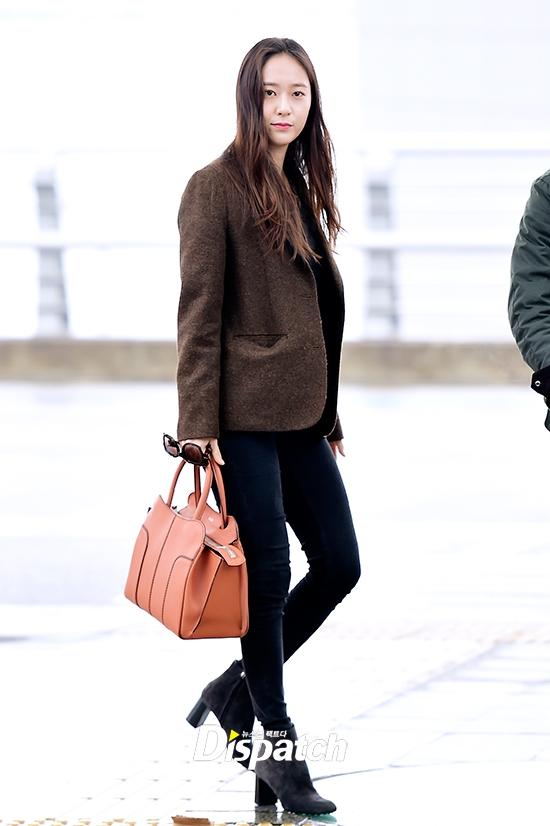 Suzy và Krystal: Mĩ nhân 94 so kè tại sân bay, ai hơn ai?