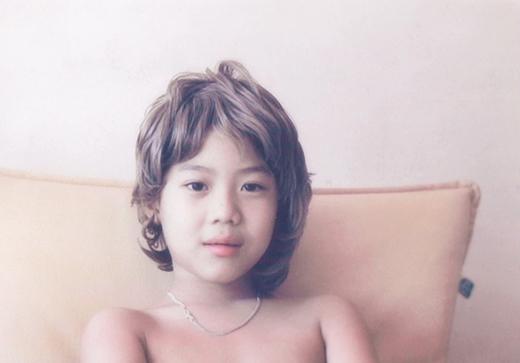Taemin đã ra dáng mỹ nam ngay từ bé với đôi mắt to tròn, gương mặt thanh tú.