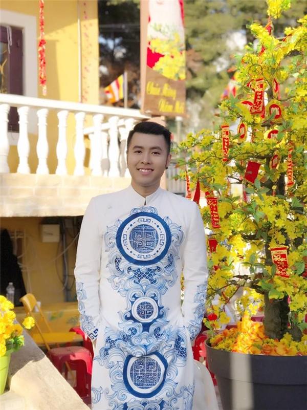 """Akira Phan bất ngờ được báo Pháp gọi là """"Justin Bieber của Việt Nam"""" - Tin sao Viet - Tin tuc sao Viet - Scandal sao Viet - Tin tuc cua Sao - Tin cua Sao"""