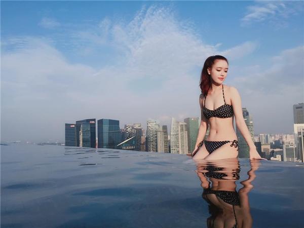 Sở hữu chiều cao 1m78 và số đo 3 vòng hoàn hảo, Ngọc Phượng được đánh giá là một trong những cô em gái xinh đẹp nhất của sao Việttrong showbiz. - Tin sao Viet - Tin tuc sao Viet - Scandal sao Viet - Tin tuc cua Sao - Tin cua Sao